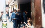Fans queuing up: The Marquee Club, London (Misplaced Marquee) - 10.09.1985 - Photo by Martin Locket