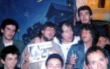 Fish and Pete with italian fan club members: Fanfula Pub, Milan - 14.05.1987 - Photo by Roberto Cangioli